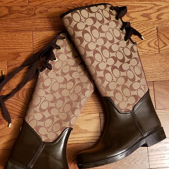 Coach Shoes - COACH  trustee signature rainboots size 7